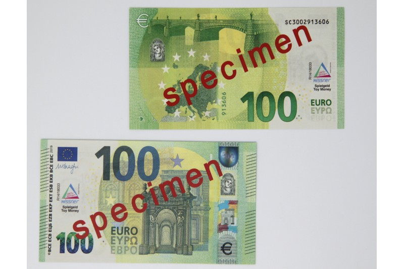 100 Euro - notes. 100 pcs