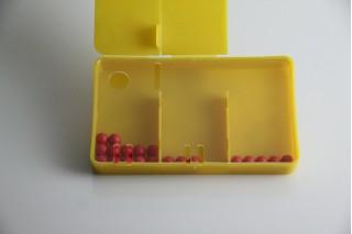 Split Box. with 20 red balls