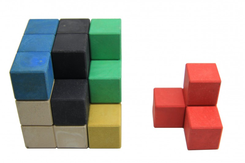 Soma-Cube. in 7 colours
